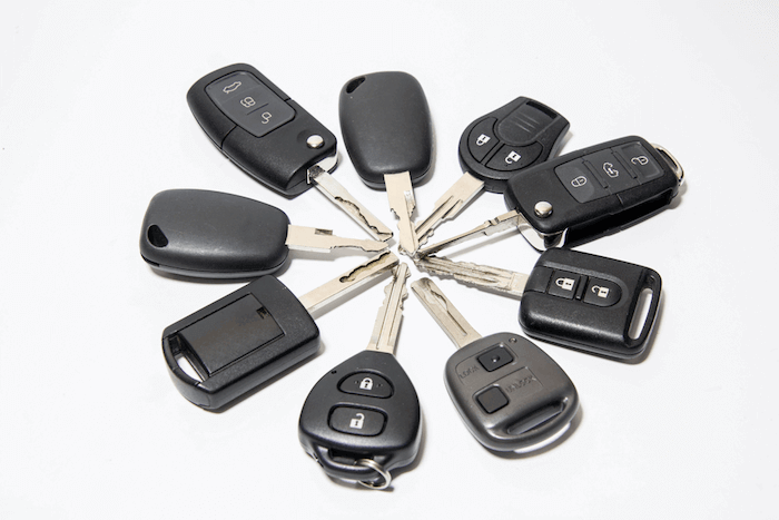 How does a transponder key works?