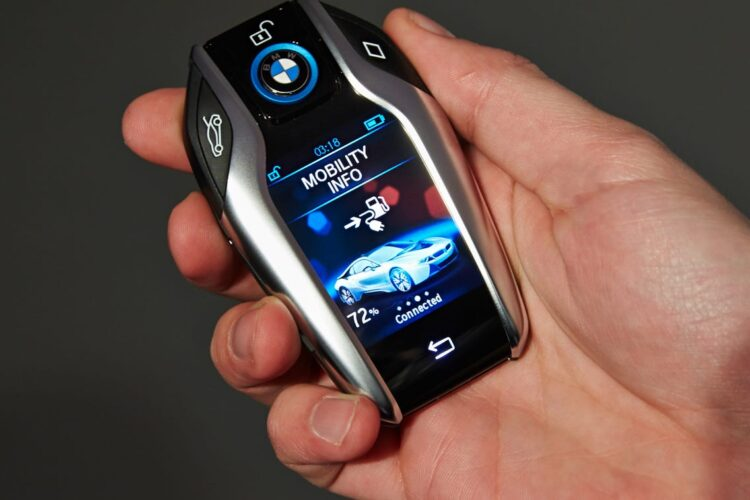 How to open a key fob of any car?